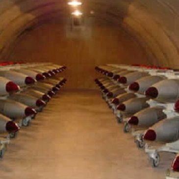 """Accusa shock del Guardian: 70 atomiche Usa """"custodite"""" nelle basi Nato in Italia"""