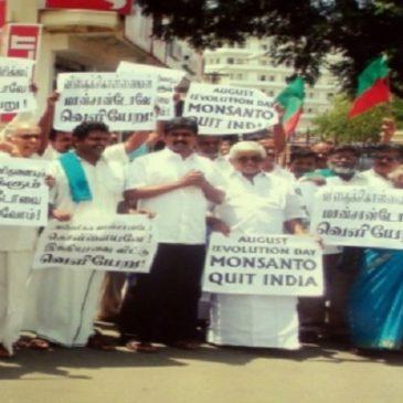 Via la Monsanto dall'India