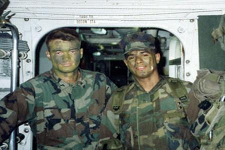 Nella foto: l'ex marine durante una missione