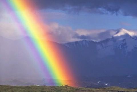 arcobaleno tra il cielo e la terra - laviadiuscita.net