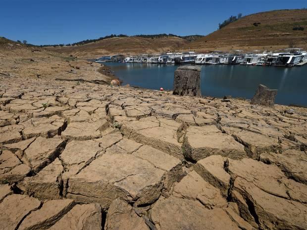 california-crisi-siccita