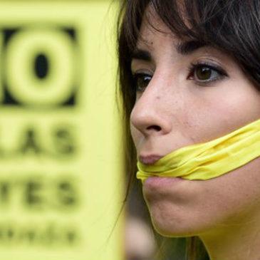 6 anni di carcere: ecco la nuova legge ammazza web, addio libertà di espressione!