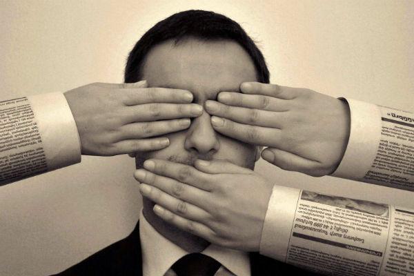 censura-web-laviadiuscita